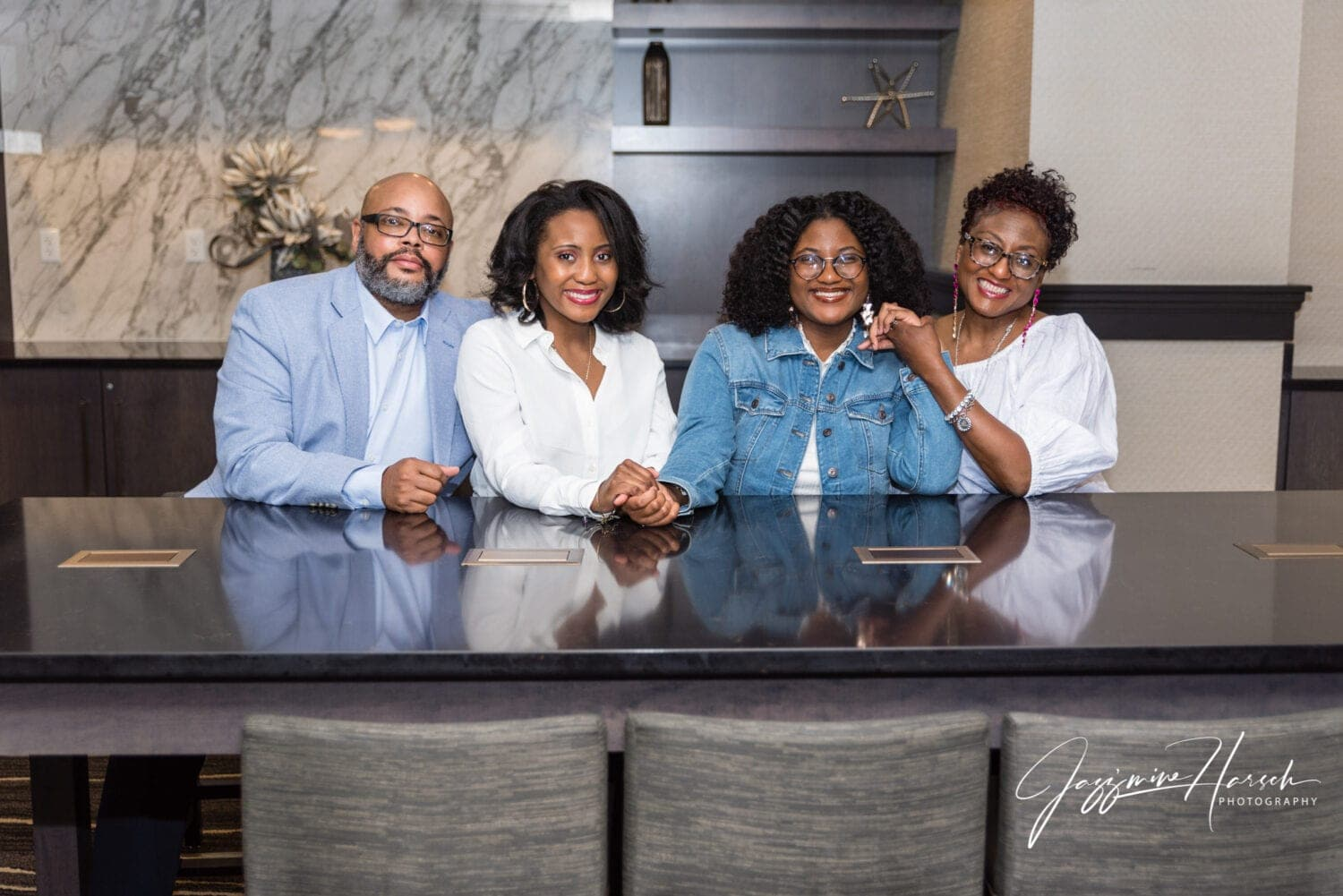 Doubletree Youngstown Family Photography Session